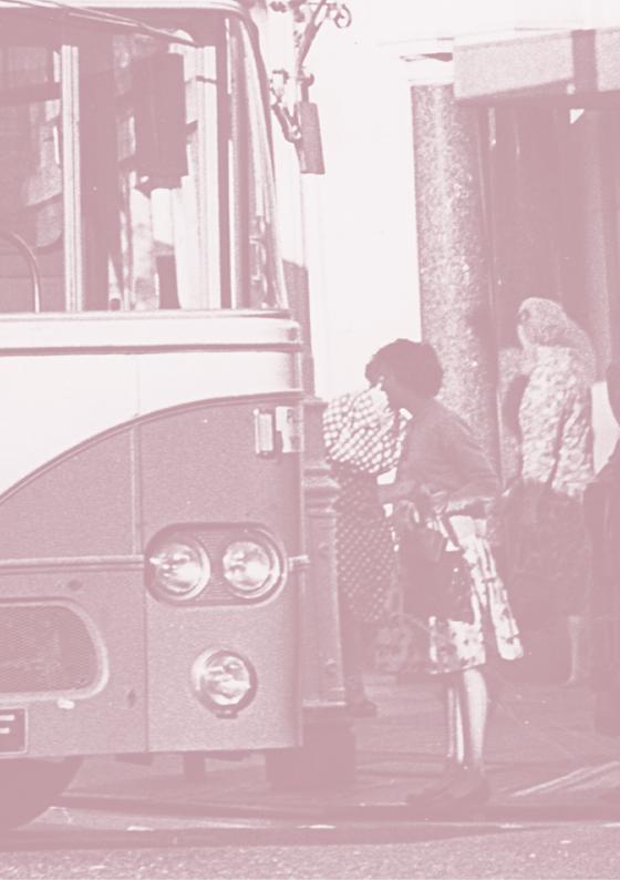 paula-roush-bus-spotting-photobook-msdm-publications-orphan1-41