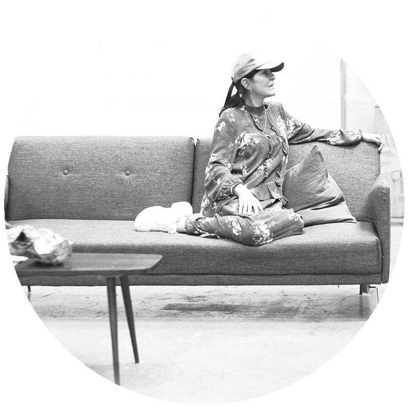 paula-roush-msdm-studio-circle-b&w