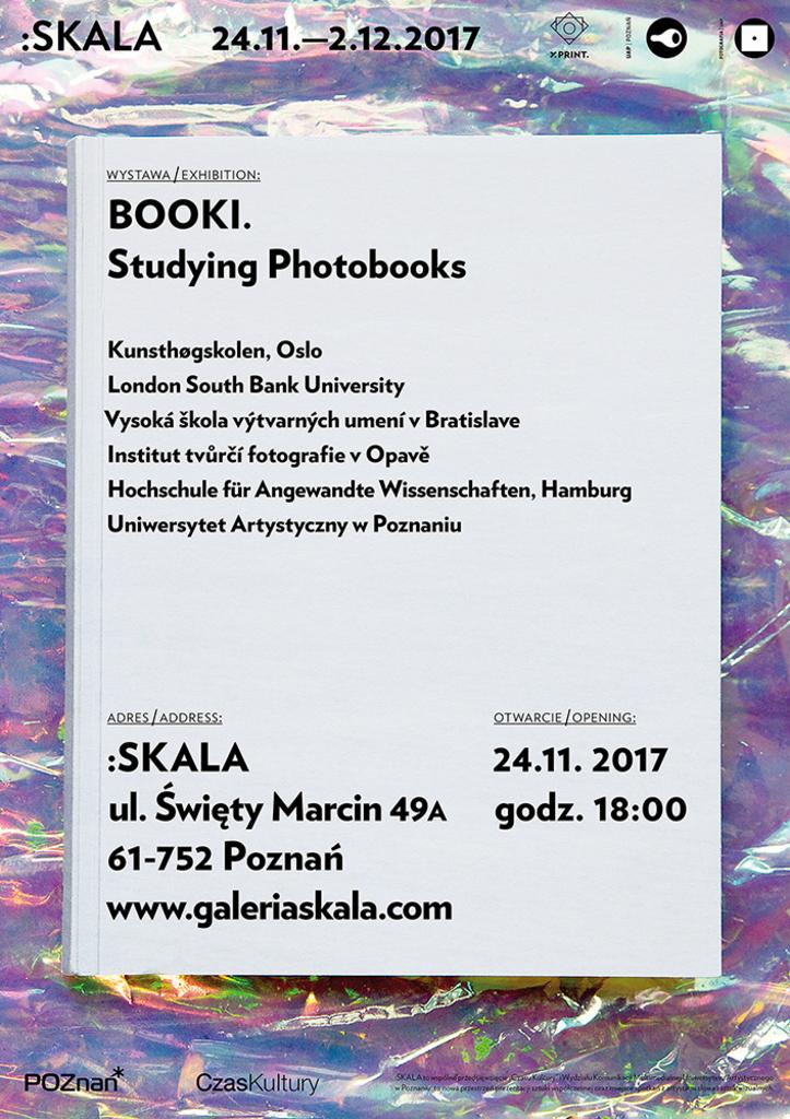 Booki-studying-photobooks
